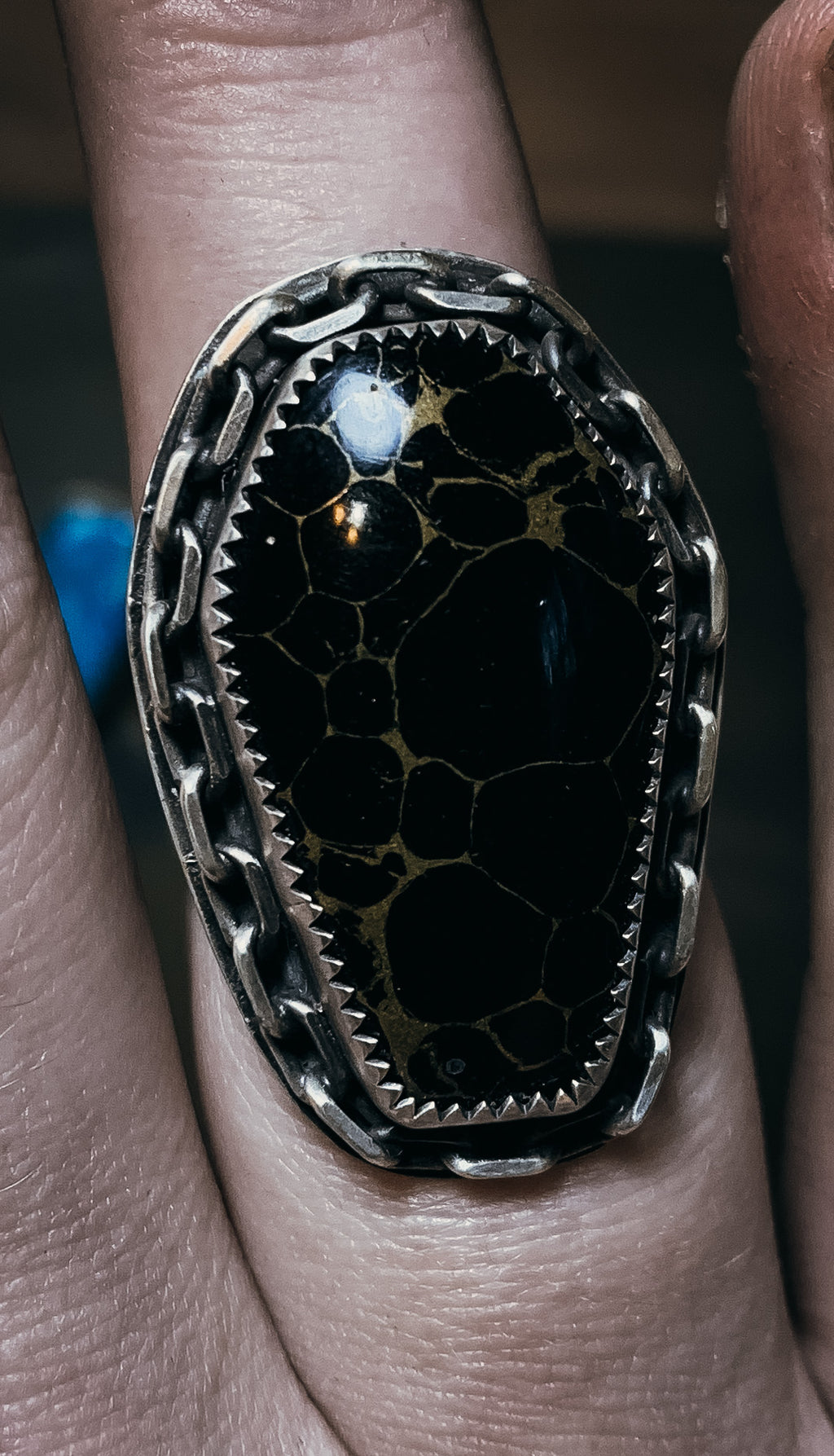 Webbed onyx coffin ring- size 8