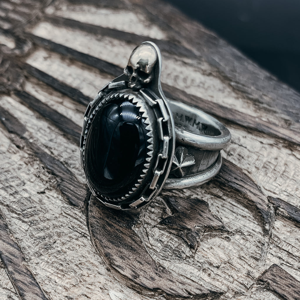 Onyx and skull ring- size 9
