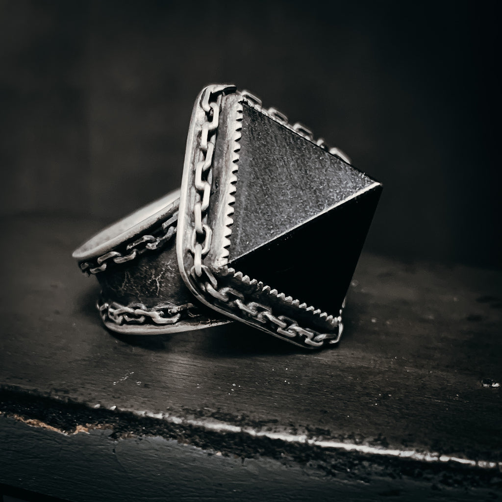 Onyx pyramid ring- size 9
