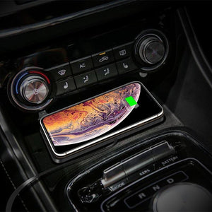 Auswaur Q1 Wireless Fast Car Charging Pad Dock Station Non-Slip Dashboard Holder Mat Charger