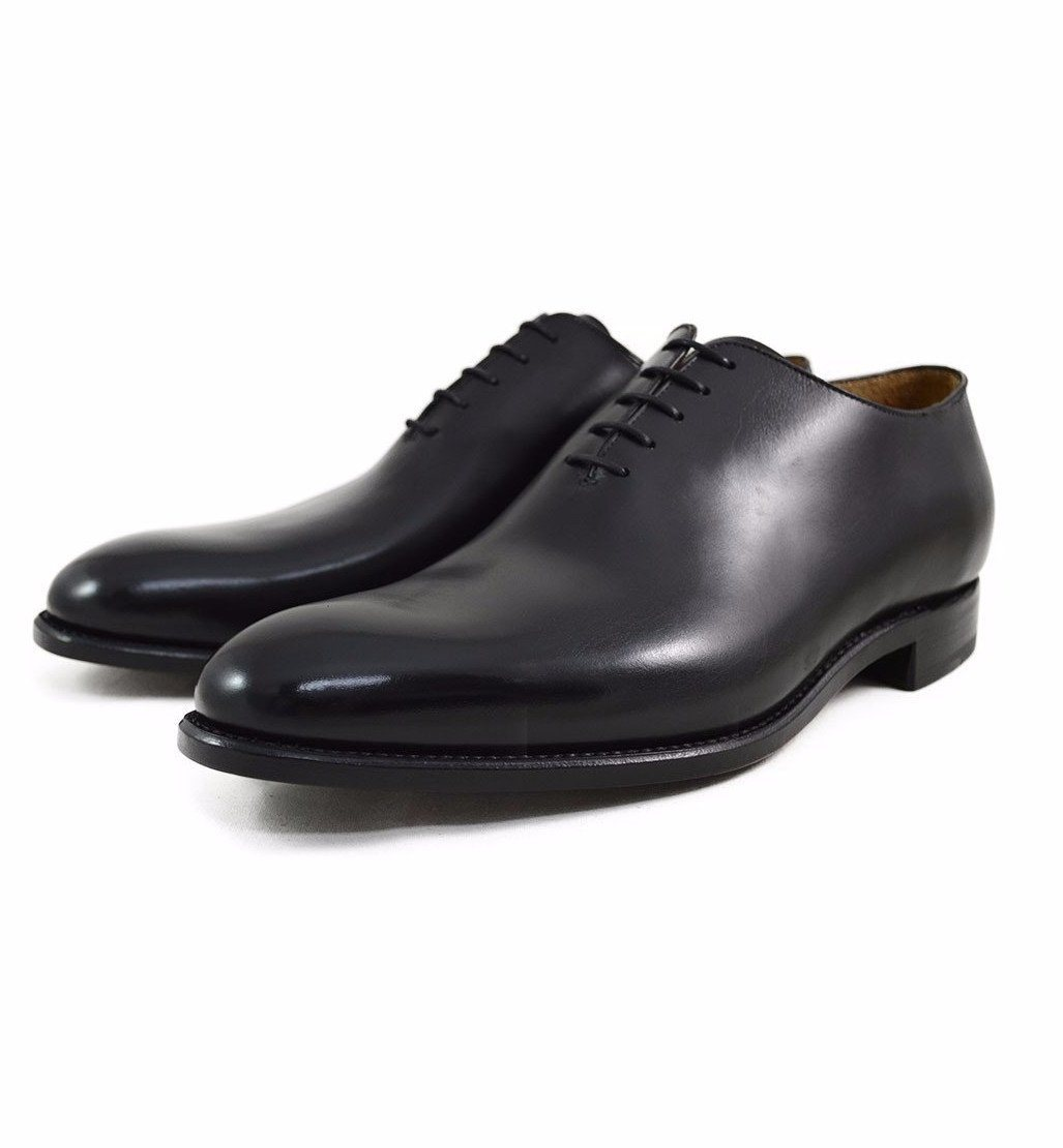 how to give patina with polish to black shoes