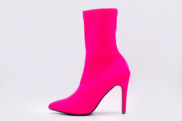 Pink Solid Point Toe Ankle Boots - Berness