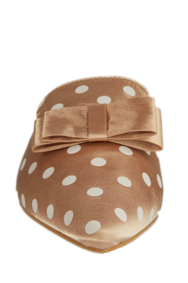 Beige Pointed Polka Dot Loafers - Berness