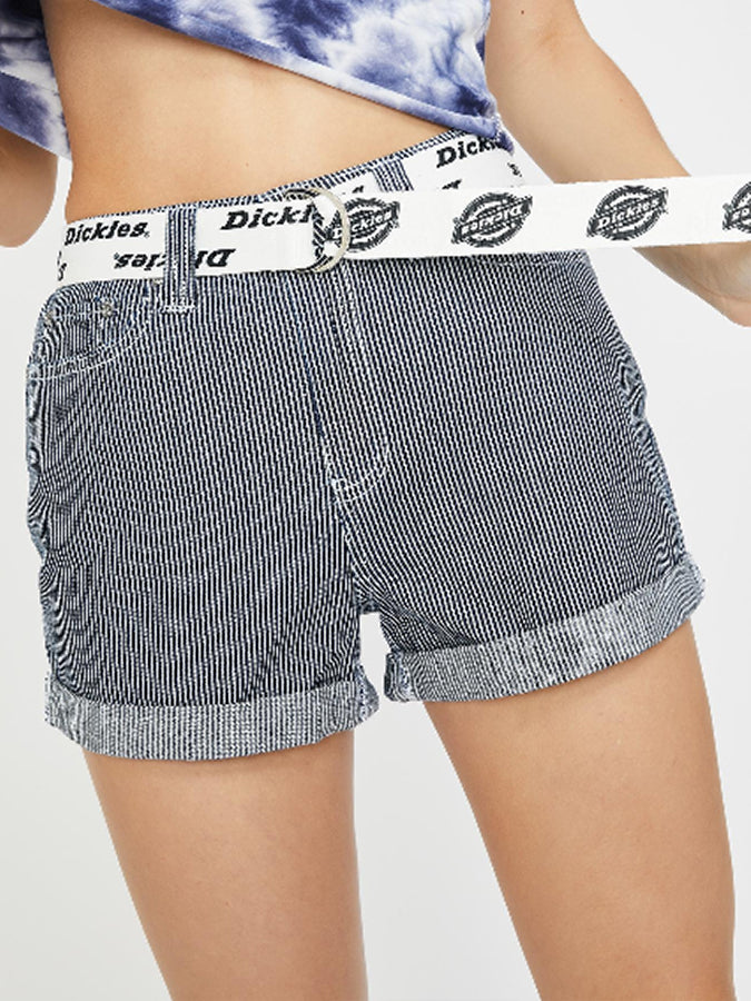 Dickies women belted rolled cuffed Shorts