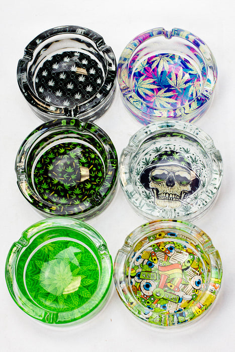 Round glass ashtray display - One wholesale Canada