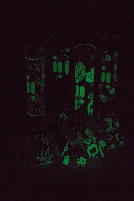 "14"" Infyniti grapnic Glow in the dark 7 mm glass uh bong"