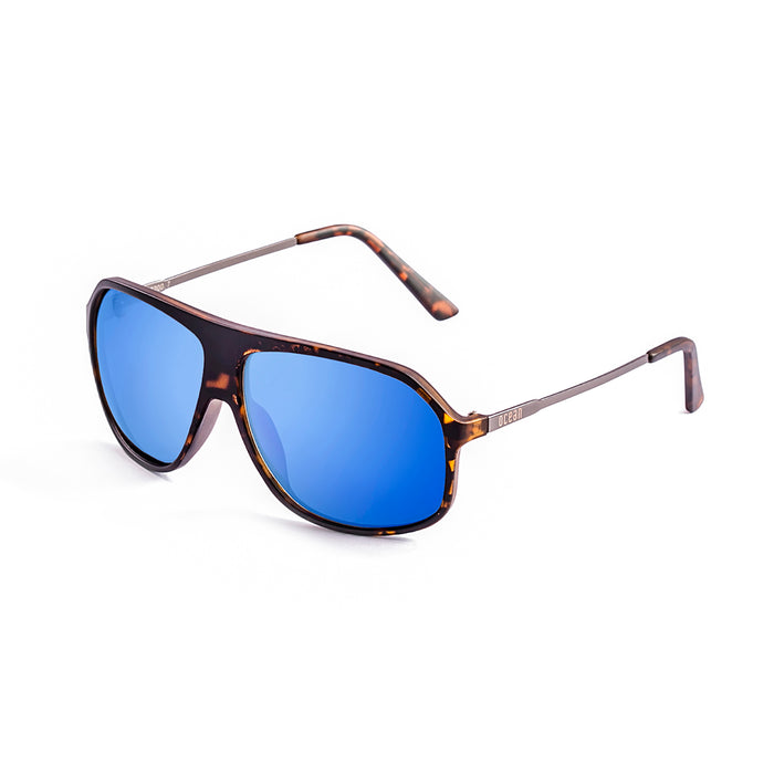 ocean sunglasses KRNglasses model BAI SKU 15200.19 with matte black frame and silver flat lens