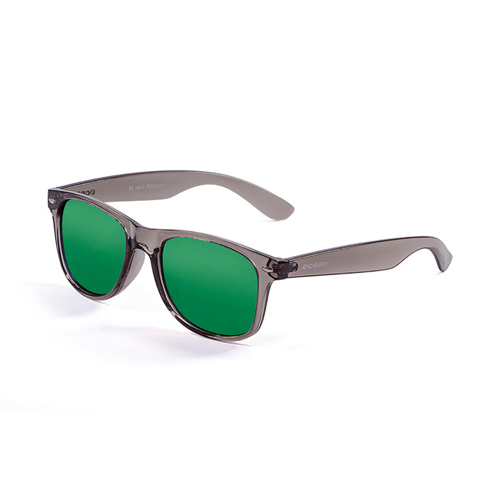 ocean sunglasses KRNglasses model BEACH SKU 18202.111 with gradual black frame and smoke lens