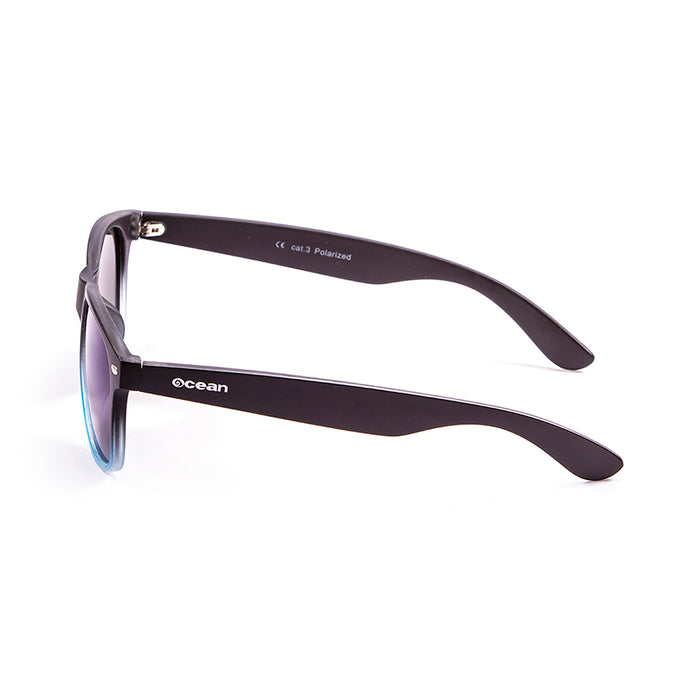 ocean sunglasses KRNglasses model BEACH SKU 18202.22 with blue navy frame and smoke lens