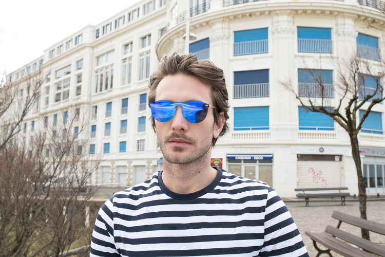 ocean sunglasses KRNglasses model BERLIN SKU 20.16 with transparent white frame and transparent gradient blue lens