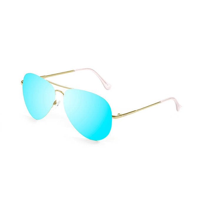 ocean sunglasses KRNglasses model BONILA SKU 18110.4 with silver frame and green lens