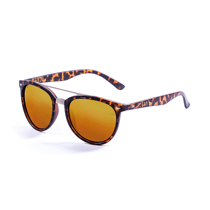 ocean sunglasses KRNglasses model CLASSIC SKU 74001.1 with demy brown frame and revo blue lens
