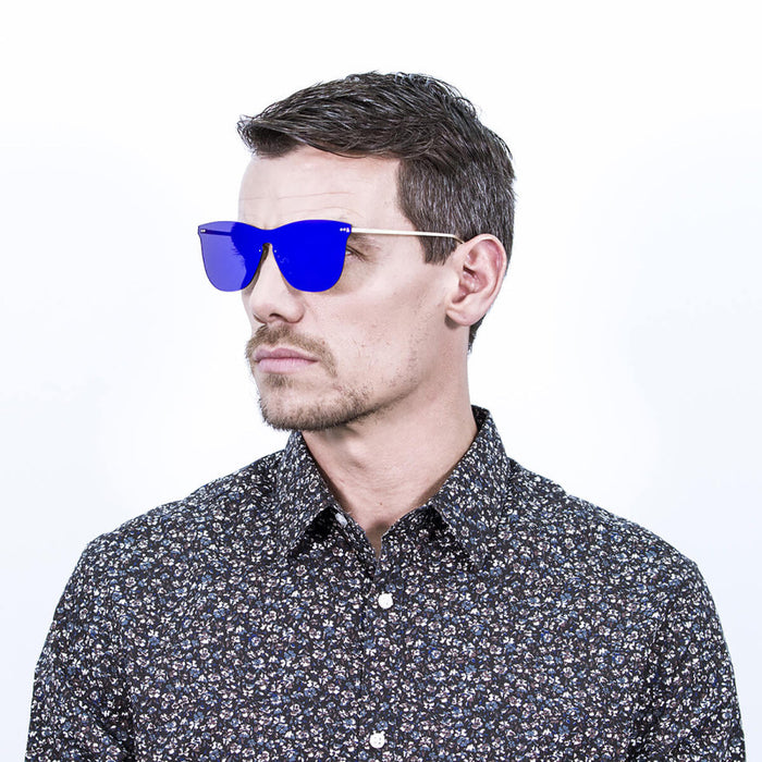 ocean sunglasses KRNglasses model GENOVA SKU 23.22 with transparent white frame and blue sky mirror lens