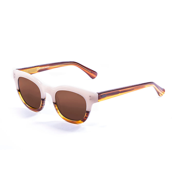 ocean sunglasses KRNglasses model SANTA SKU 62000.93 with demy black & white bellow frame and smoke lens