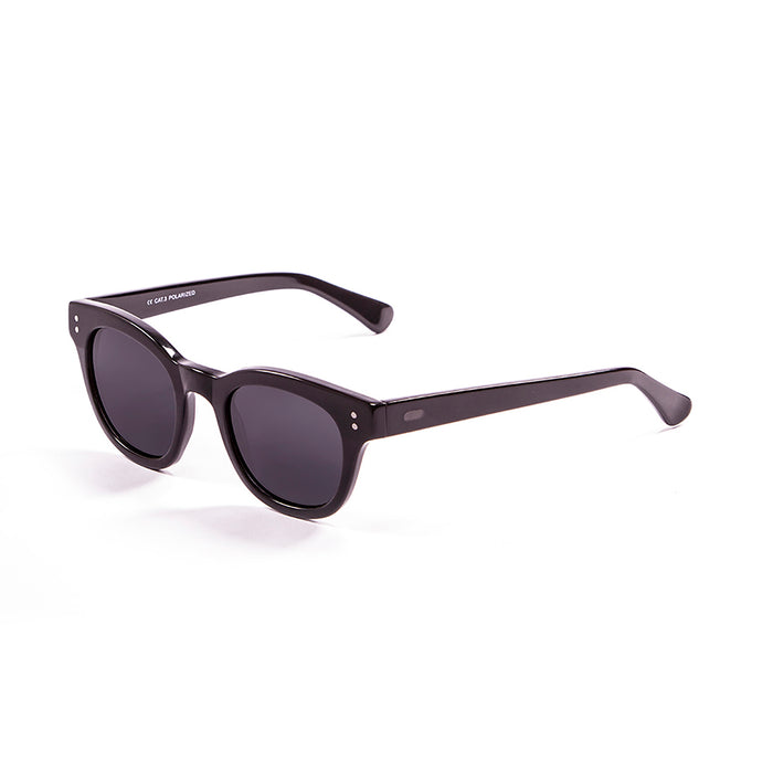 ocean sunglasses KRNglasses model SANTA SKU 62000.82 with matte black frame and revo green lens