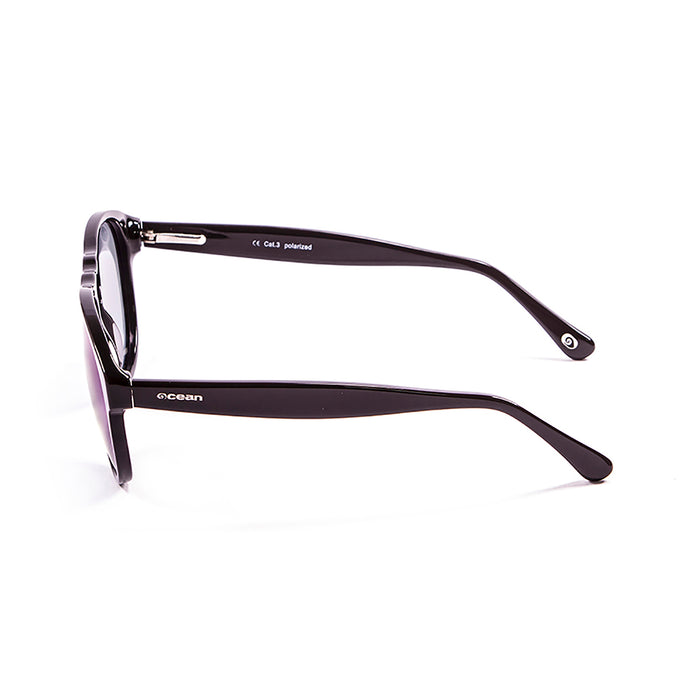 ocean sunglasses KRNglasses model WASHINGTON SKU 5000.1 with shiny black frame and smoke lens