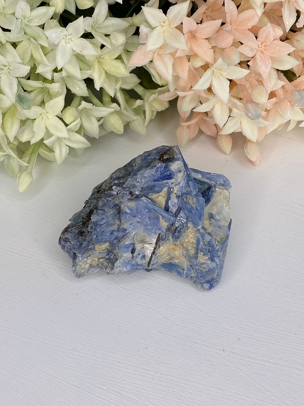 Kyanite Natural Specimen