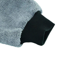 Load image into Gallery viewer, Mad for Detailing Ultra Soft Extra Thick Microfiber Wash Mitt Non Scratch