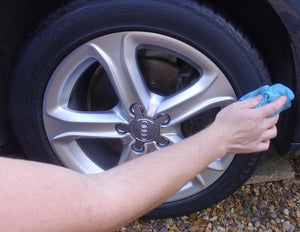tyre clean