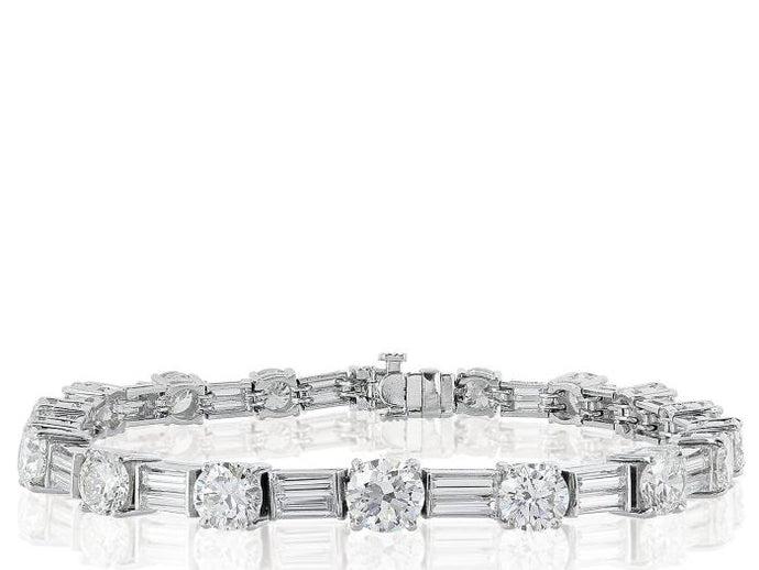 Plat 13.60ctw Diamond Bracelet - Boston