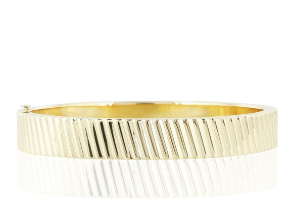 18 Karat Yellow Gold Bangle - Jewelry Boston