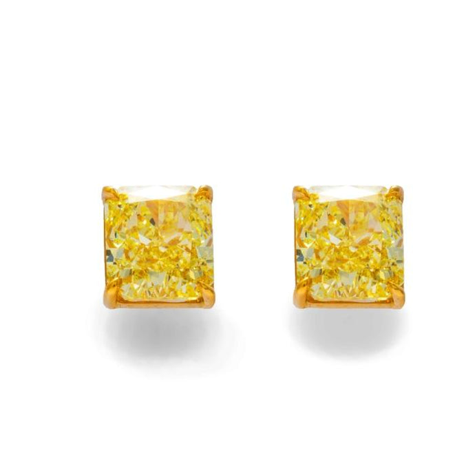 Pair of 18 kt yg Matched Canary Diamond stud earrings. - Boston