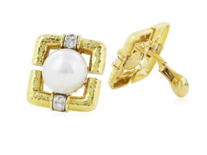 David Webb Mabe Pearl Earrings (18 Kt Yellow Gold) - Jewelry Boston