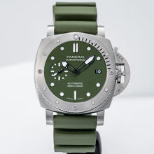 Load image into Gallery viewer, Panerai Submersible Verde Militare Stainless Steel 42mm (PAM01055) - Boston