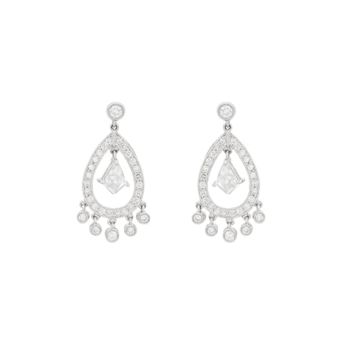Platinum And Diamond (1.85 Carats) Chandelier Earrings - Boston