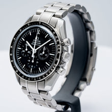 Load image into Gallery viewer, Pre-owned Omega Speedmaster Moonwatch Professional Steel Chronograph 42mm (311.30.42.30.01.005) - Boston
