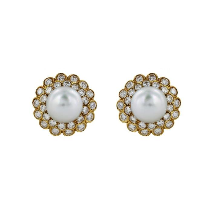 18 Karat Yellow Gold Diamond 56@ 4.50 & South Sea 14 mm Pearl clip earrings. - Boston