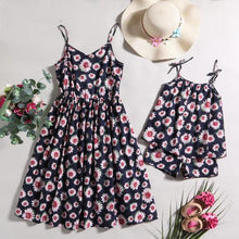 Load image into Gallery viewer, Mom Girl Flowers Prints Outfits
