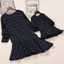 Load image into Gallery viewer, Mom Girl Plaid Frill Hem Zipper Back Matching Dress