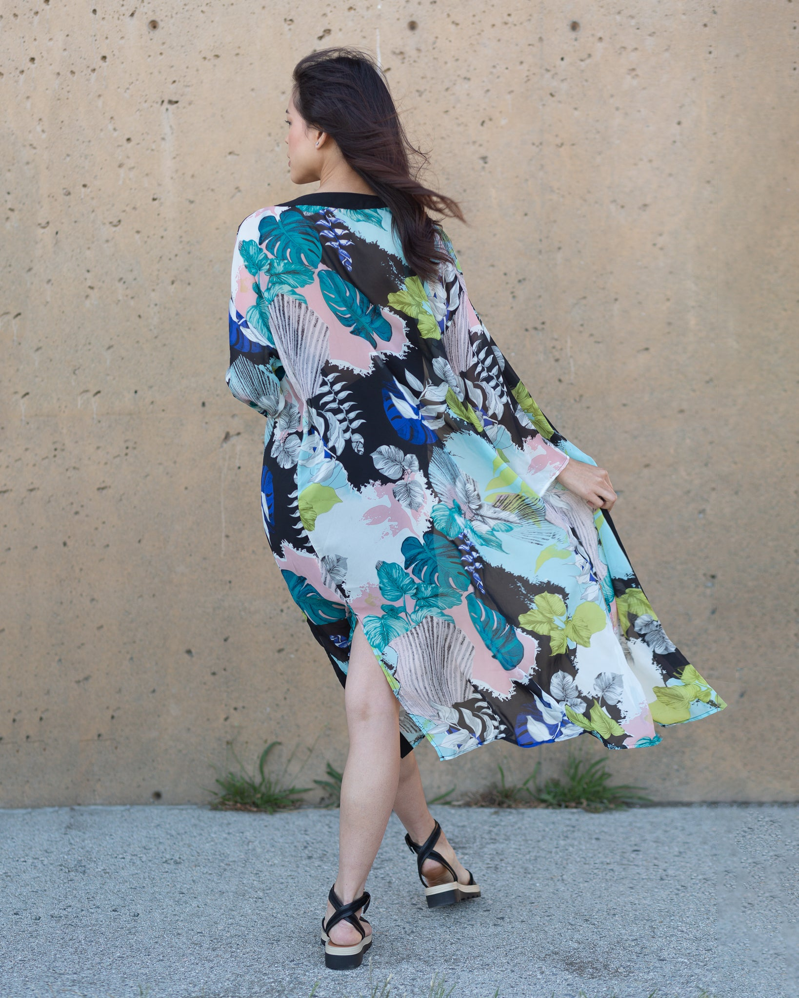 Gracie Floral print long kimono, side slits for easy movement. Perfect for the office, parties, weddings. The Kimono Store Canada