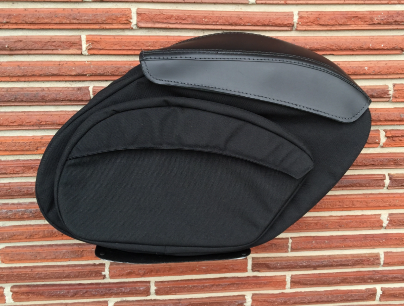Retro Series V3 Dyna Saddlebags - Team Dream Rides