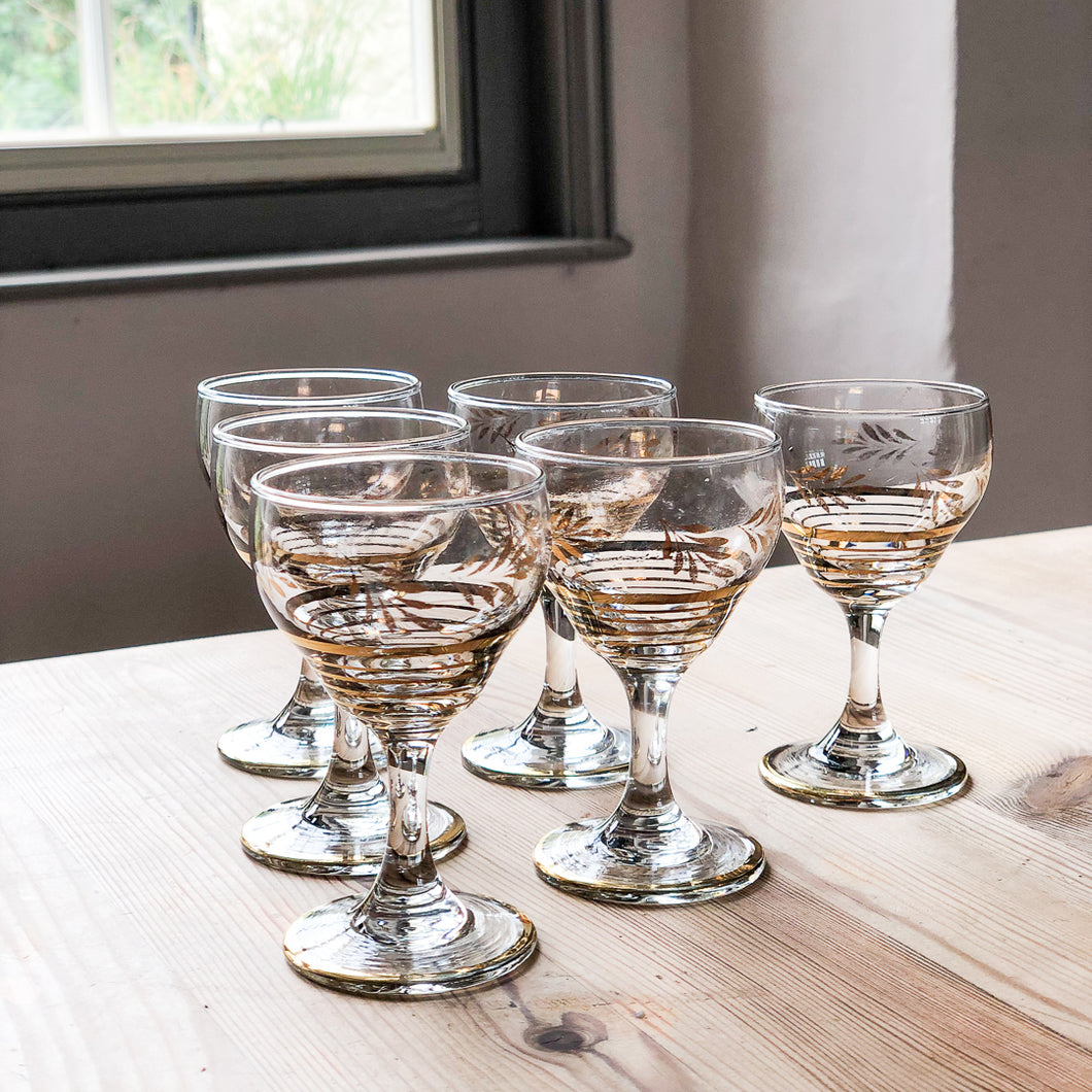 Small Tipple Glasses with Gold Detail (set of 6)