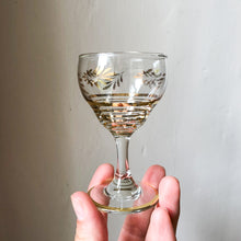 Load image into Gallery viewer, Small Tipple Glasses with Gold Detail (set of 6)