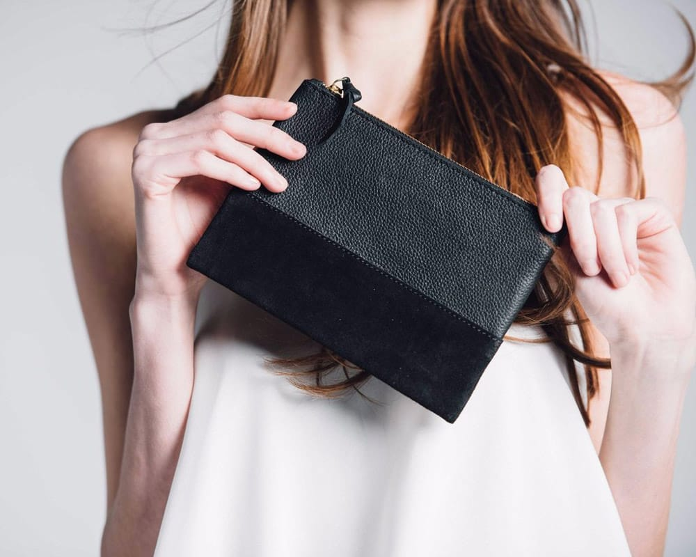 Bloom & Give Marigold cosmetic bag in black
