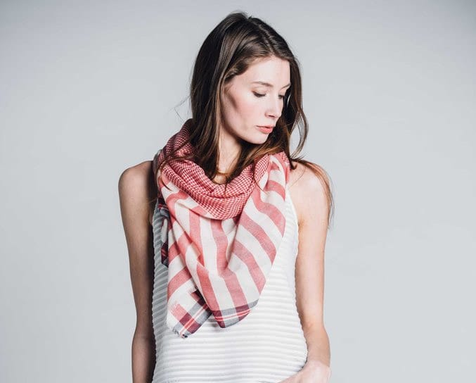 Bloom & Give - Sagar Cotton Scarf in coral