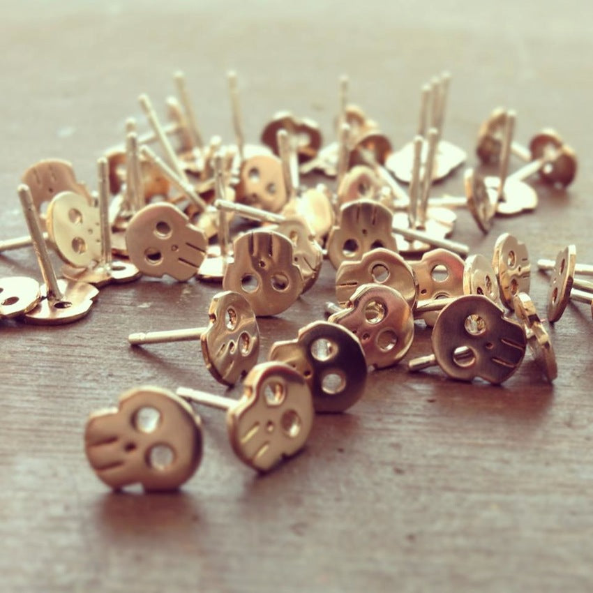 Betsy_and_iya_Upper_metal_class_T_designer_interview_Skull_earrings