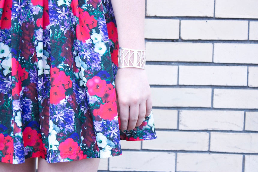 Portland_Street_Style_Betsy_and_iya_Jewelry_Boutique_FLoral_Dress