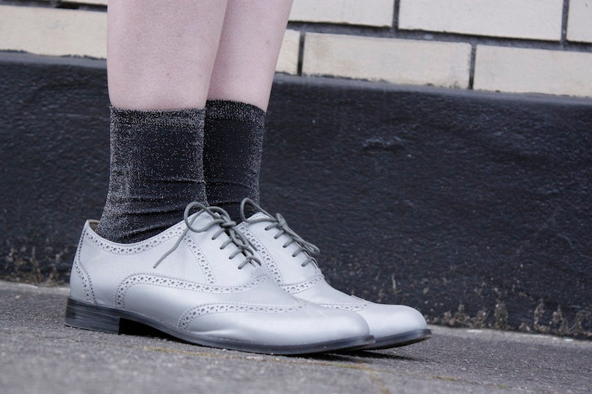 Portland_Street_Style_Betsy_and_iya_Jewelry_Boutique_Silver_Oxford_Shoes