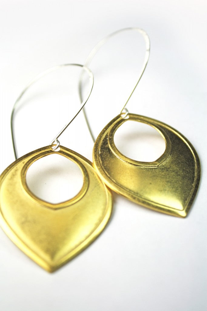 SNEAK PEEK:  Frosty Goldy Pop earrings---lookout for a new listing in the next few days.