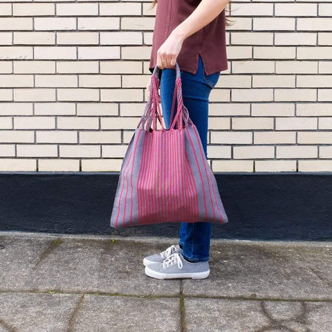 collectivo mercardo bag in fuschia