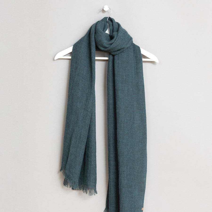 Merino Woven Scarf in Dragonfly Green