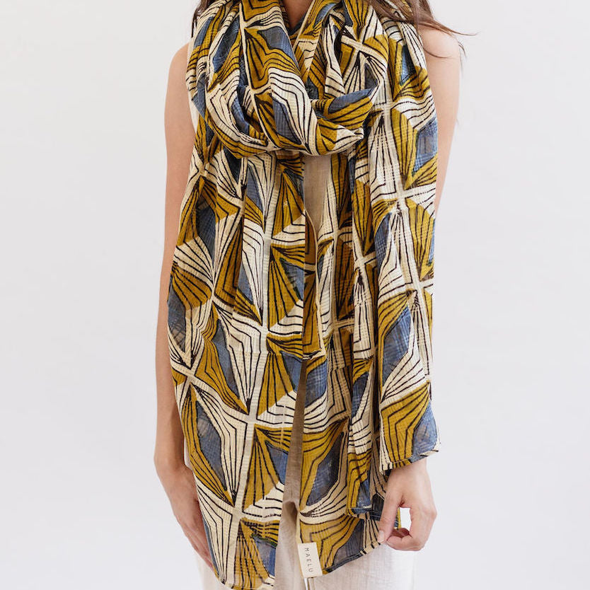 Maelu Oversized Scarf in Hattie