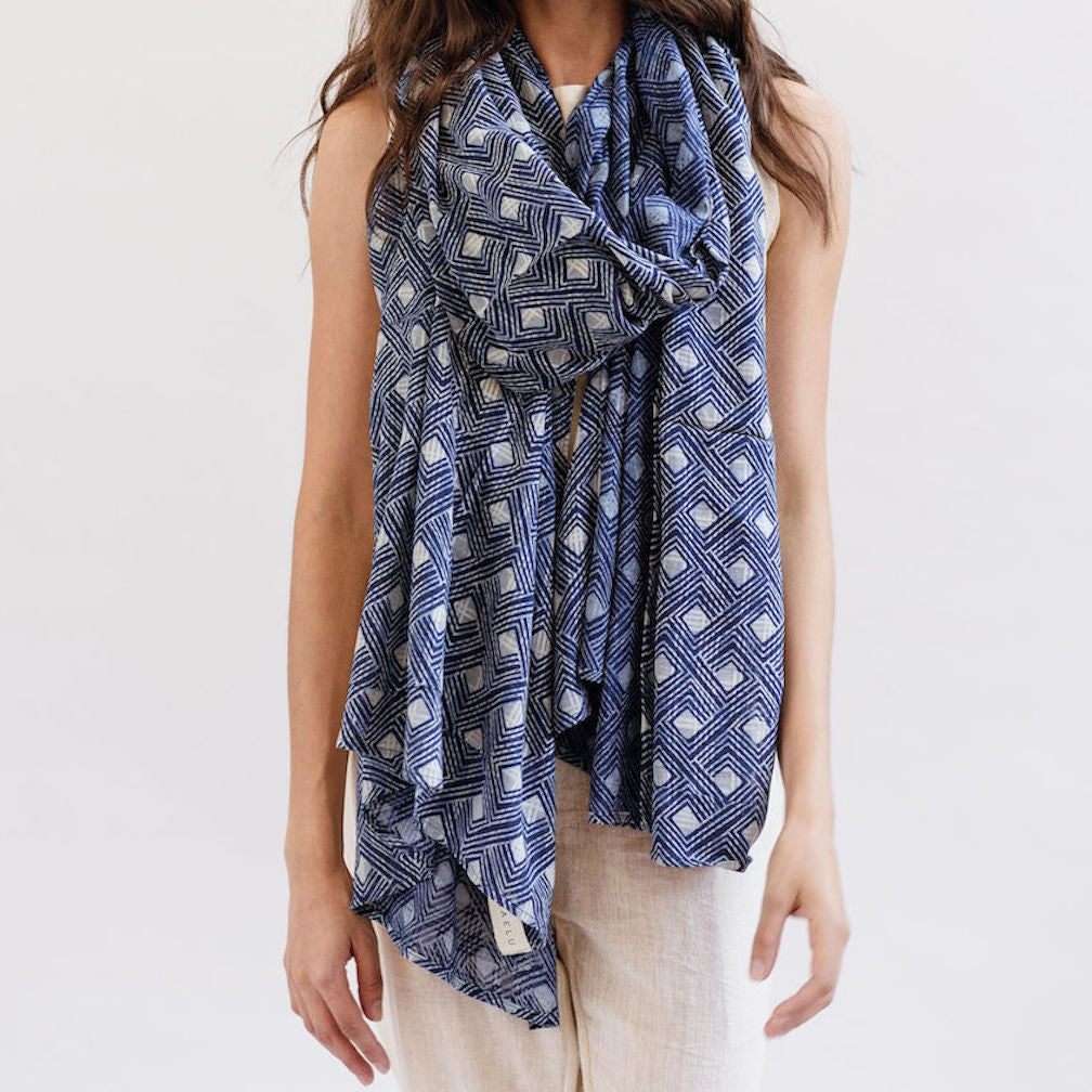 Maelu Oversized Scarf in Alys