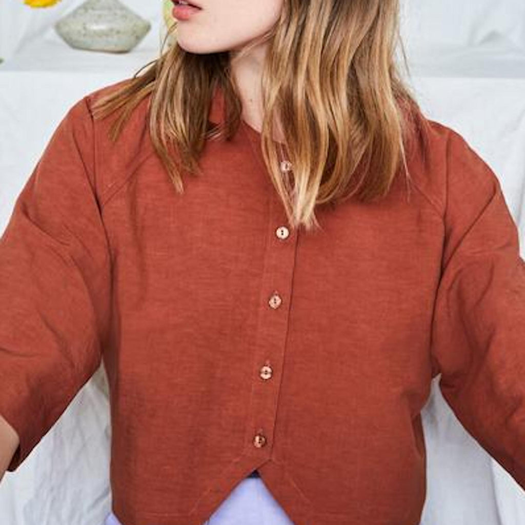 Promenade Shirt in Mahogany