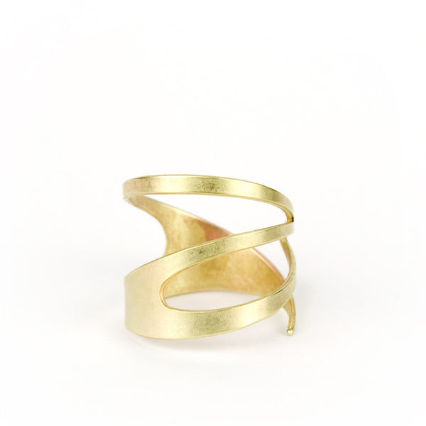 betsy & iya Kacie Gold ring hand formed from organic shape, front view.