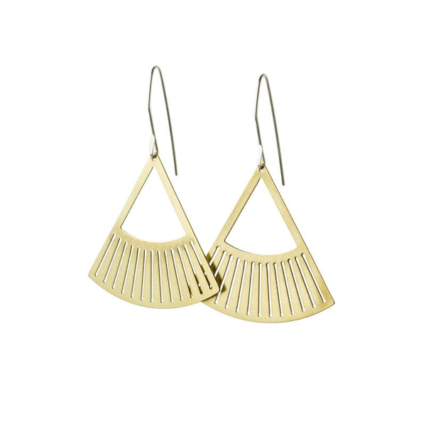 Salta fan pendant earrings in brass front view